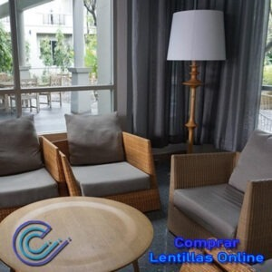 El comedor y el salón requieren de iluminación en aquellas zonas en las que se realizan actividades específicas